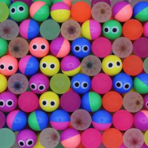 Мячи ДАЛЕКО ГЛЯЖУ 25 мм | Мячи прыгуны являются одним из наиболее популярных наполнителей в вендинге для механических торговых автоматов.
