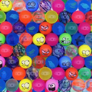 Мячи ПУГАЧ 25 мм | Мячи прыгуны являются одним из наиболее популярных наполнителей в вендинге для механических торговых автоматов.